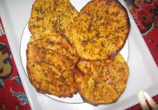 عید سعید فطر از پخت نان کاکولی تا طبخ آش محلی